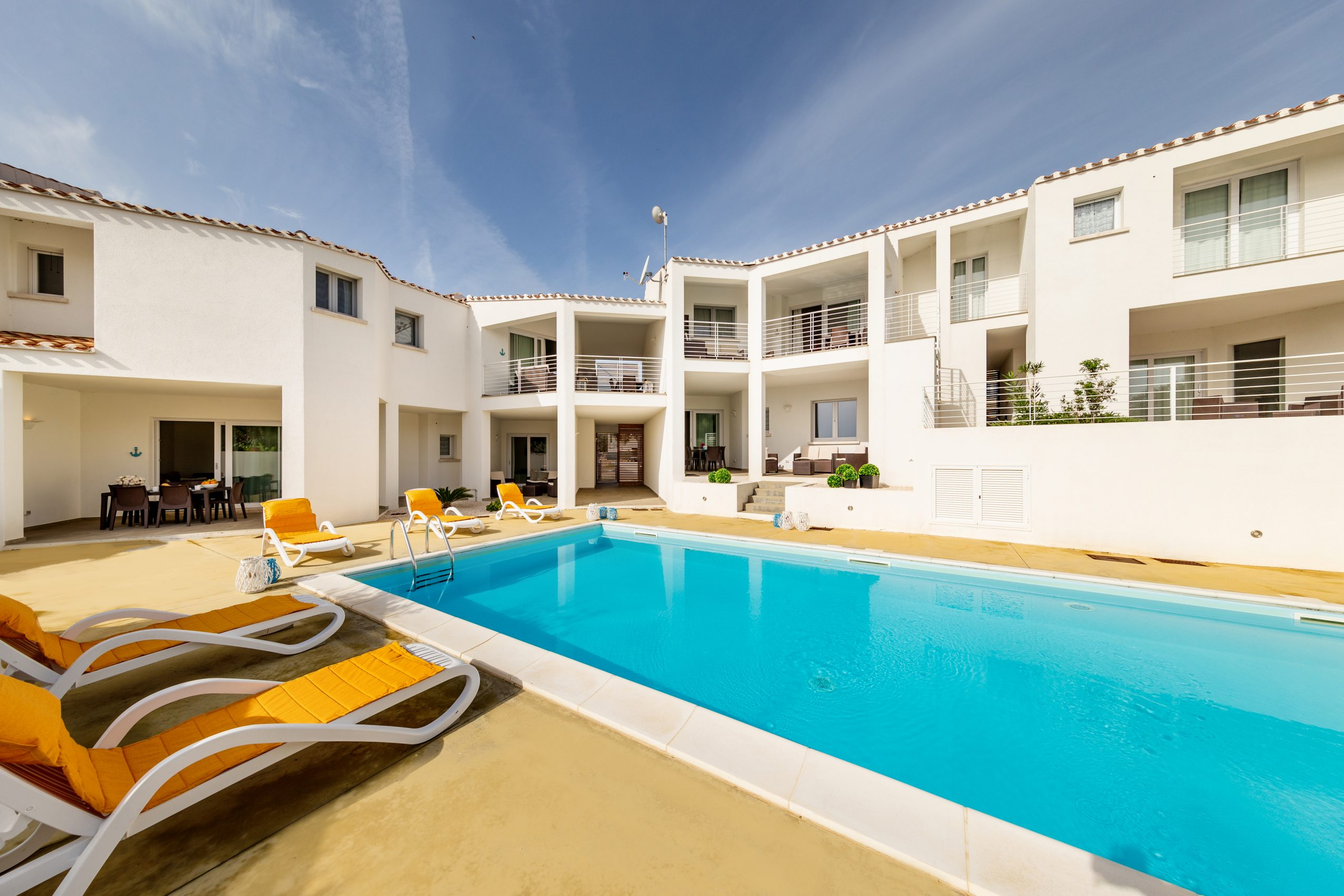CANEIS APARTMENTS AND VILLAS
